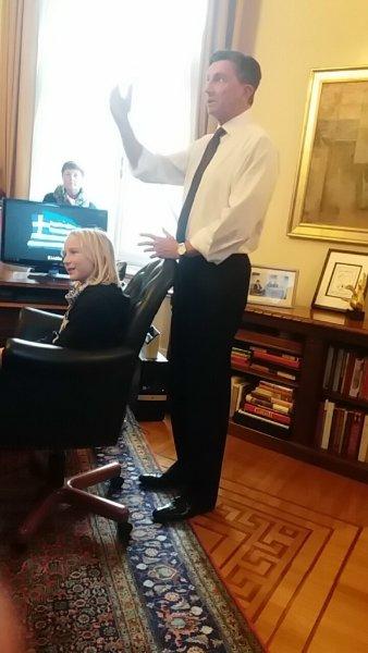 sprejem-v-predsednikovi-pisarni
